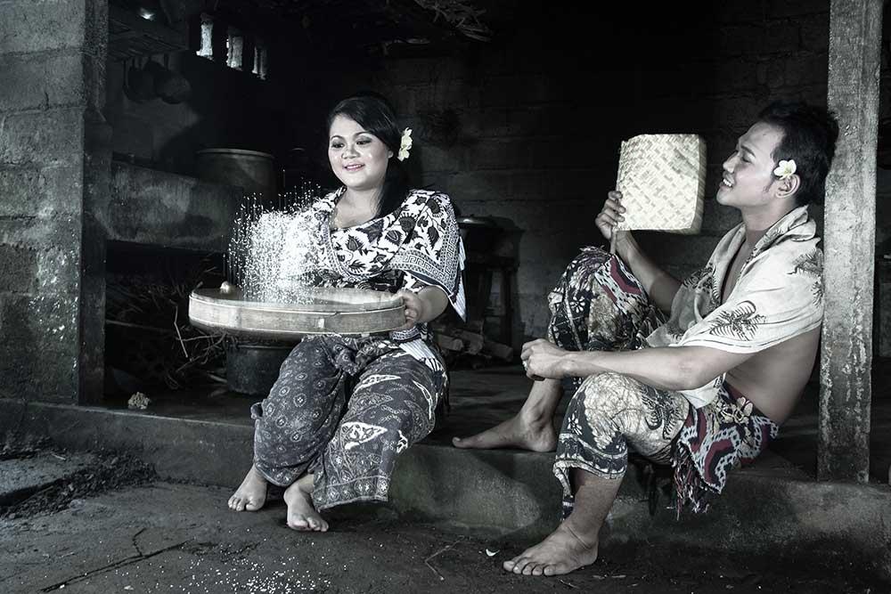 Promo paket prewedding adat bali-jasa prewedding di bali